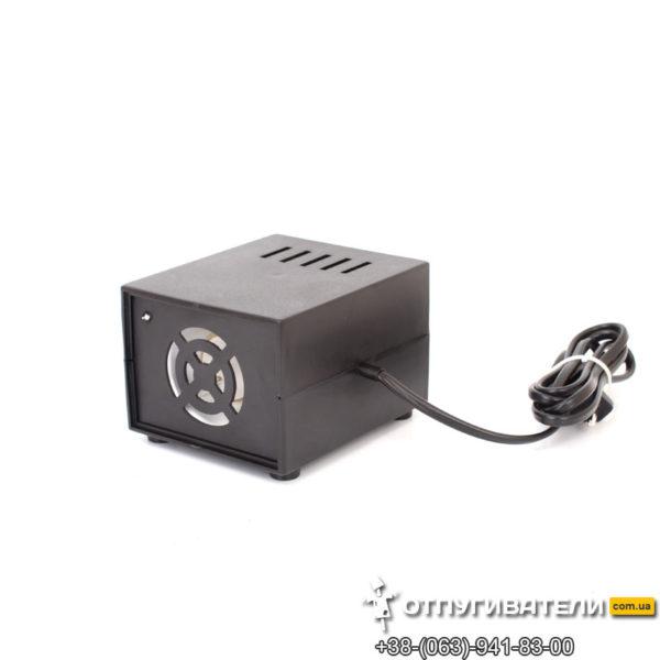 Ультразвуковой отпугиватель гризунов Ястреб 800 с двумя излучателями на 800 метров квадратных