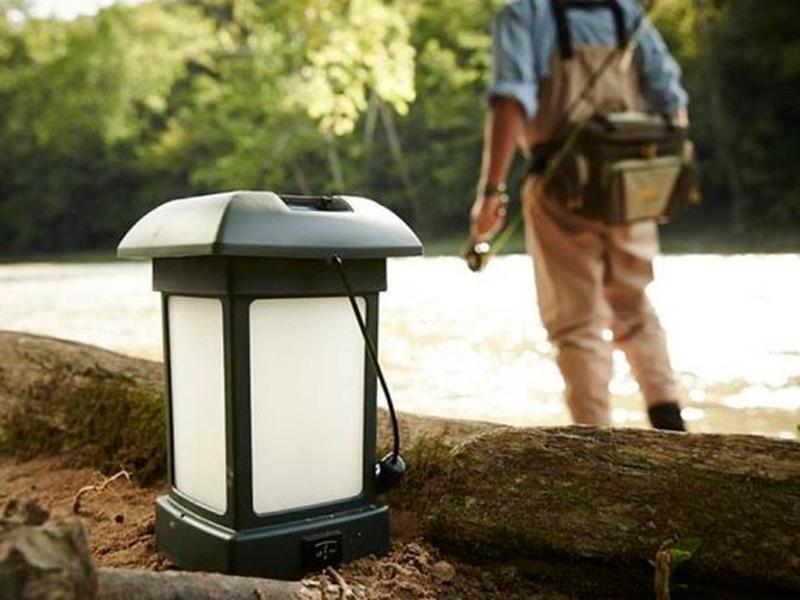 Процесс работы отпугивателя комаров для улицы ThermaCELL Outdoor Lantern MR 9L6-00