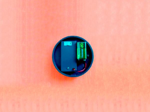 Подключение батарейки в УЗ отпугиватель грызунов и насекомых LS-925