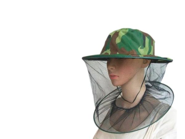 Шляпа с антимоскитной сеткой на манекене