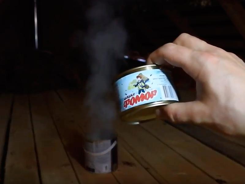 Процесс применения дымовой шашки «ФОМОР»